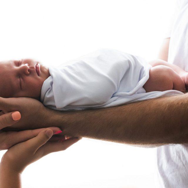 novorojenček, maternity, babyphotos, babybouch, villach kinderfotograf, hohzeitsfotograf, fotografiranje novorojenčka. ljubljana, fotografiranje novorojenčkov, fotografiranje nosečnice,